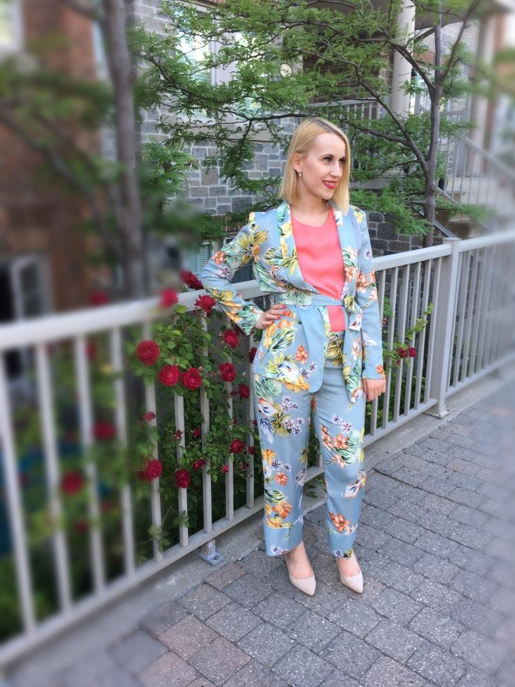 Floral Pant Suit Outfit