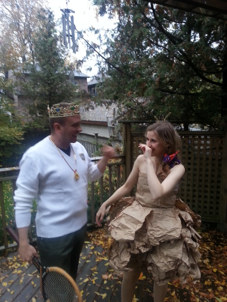 Prince Ronald and the PaperBag Princess - Couples Costume