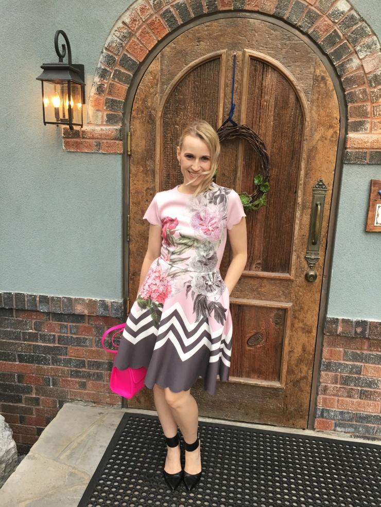 The dress has pockets!